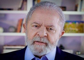 Lula comienza conversaciones con líderes políticos en Brasilia