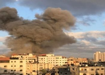 Aumenta a 213 cifra de muertos por ataques israelíes en Gaza