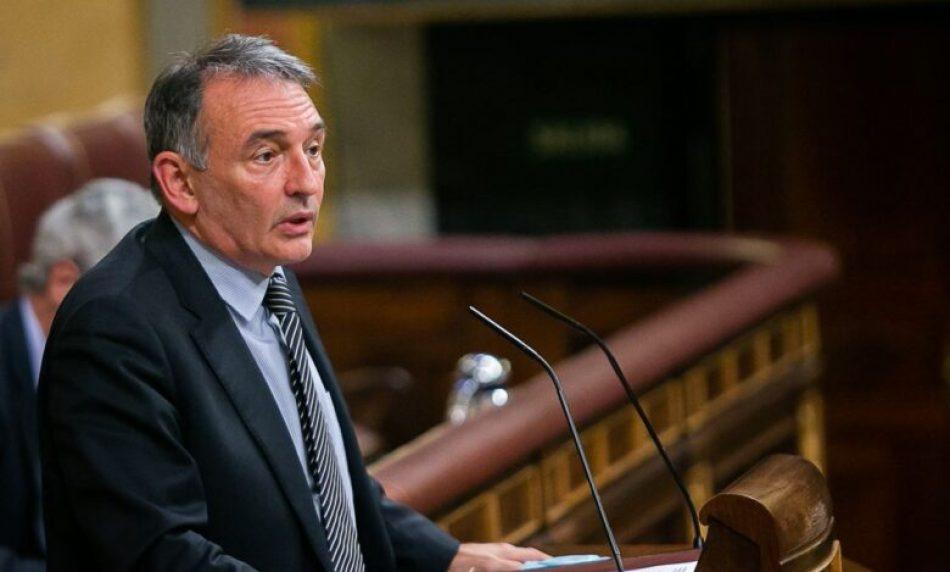"""Enrique Santiago desborda al PP con datos y señala que """"no tiene autoridad"""" para cuestionar el respeto del Gobierno a la independencia judicial ni su capacidad para conceder indultos"""