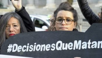 Greenpeace exige mayor transparencia tras conocerse la permisividad del Gobierno con exportaciones ilegales de armas
