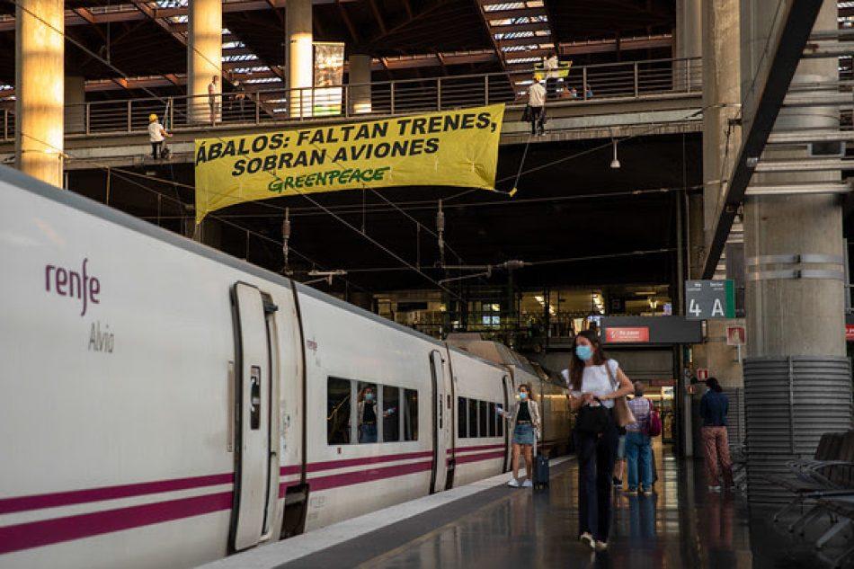 Greenpeace confía en que se reduzcan los vuelos cortos con el arranque de los trenes de bajo coste