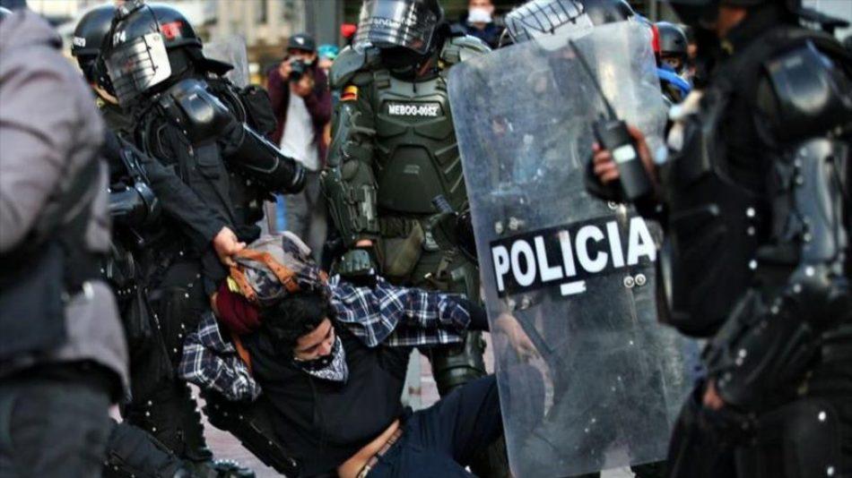 """""""El mundo tardó 70 años para criticar la violencia en Colombia"""""""