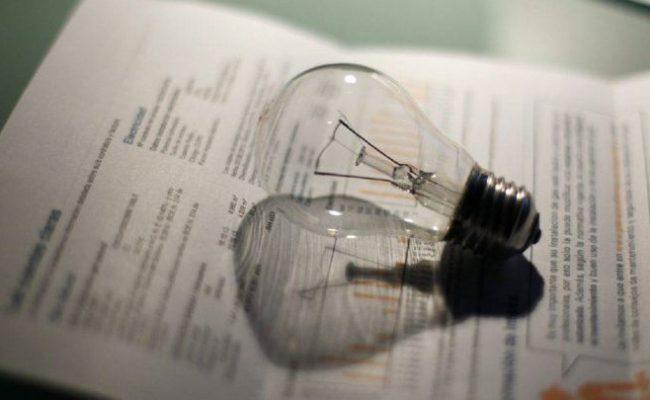 La propuesta de Unidas Podemos para reducir el IVA de la luz del 21% al 10% se aprobará en el Consejo de Ministros del jueves