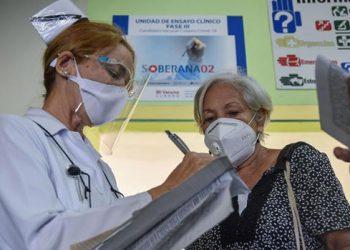 Organizaciones del Estado español enviarán tres millones de jeringuillas para la vacunación en Cuba y denunciarán el bloqueo el día 23 de junio