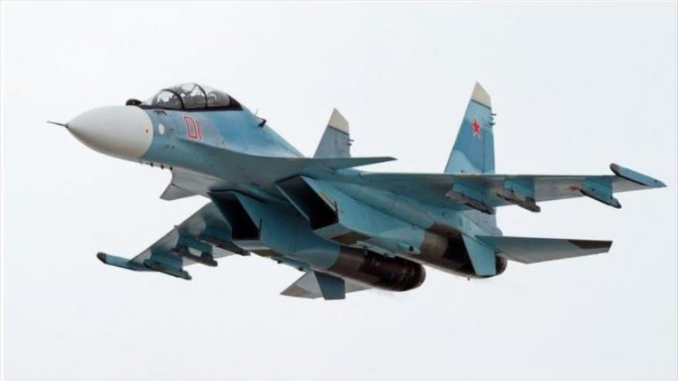 Nuevo cara a cara en Siria: Su-30 ruso ahuyenta los F-35 de EEUU