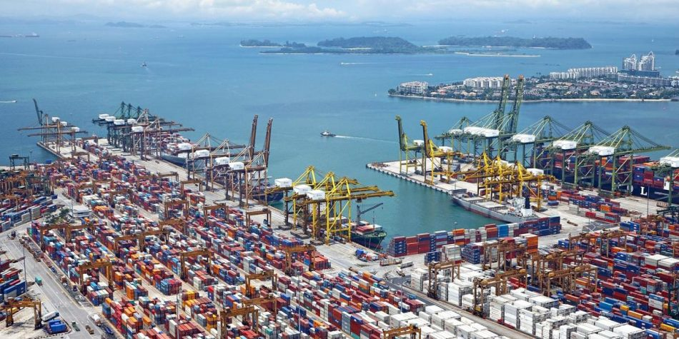 El ministro de Transportes, José Luis Ábalos, no cumple con lo firmado con los sindicatos de los puertos