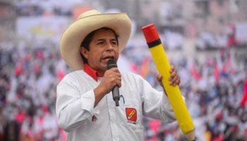 Roger Taboada: «Puede haber tres variantes de golpe para evitar reconocer el triunfo de Pedro Castillo»