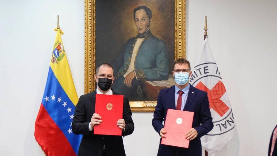 Venezuela firma convenio con CICR para reunificar a niños y adolescentes en el exterior con sus familias en el país