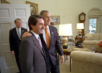 Unidas Podemos denuncia en el Congreso el regalo secreto del Gobierno de Aznar a Afganistán