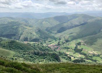 El Ejecutivo de Miguel Ángel Revilla permite la destrucción de uno de los paisajes de montaña más espectaculares de Cantabria con su autorización ambiental al parque eólico El Escudo