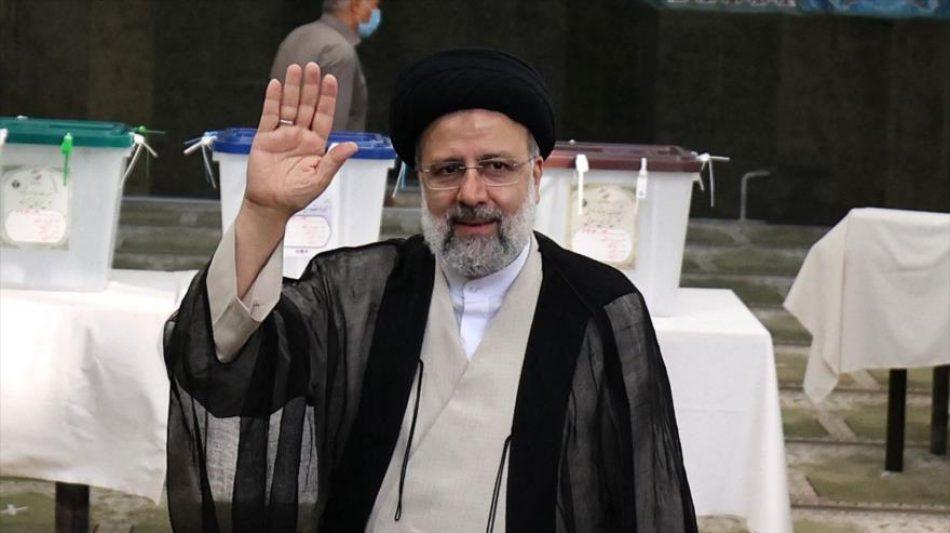 Los primeros resultados oficiales dan por ganador a Ebrahim Raisi en las elecciones iraníes