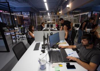 Empresas españolas democratizan la decoración de baño