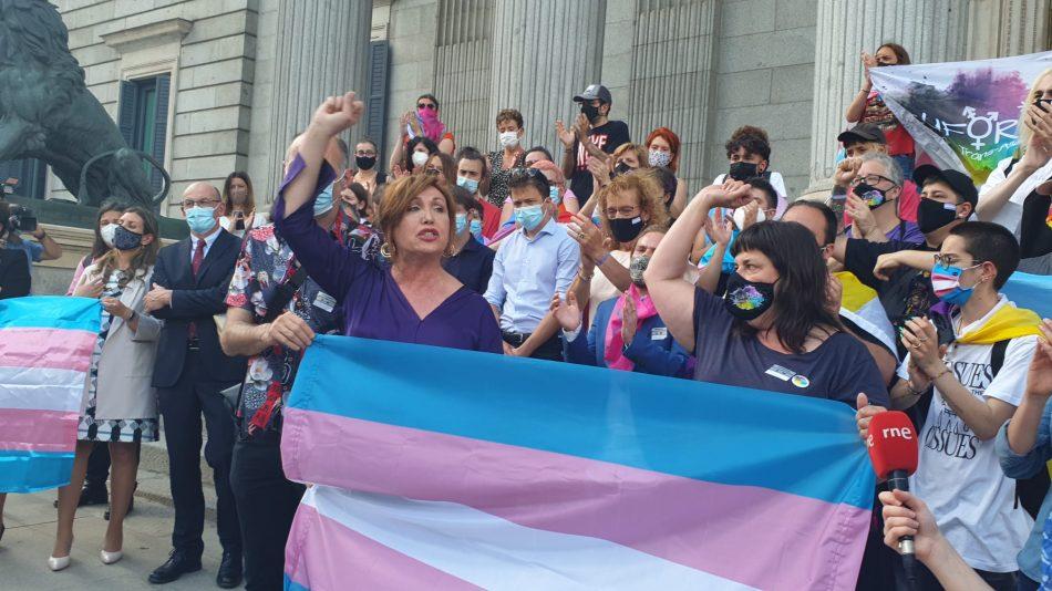 Los colectivos trans piden al Ministerio de Igualdad no aceptar una Ley Trans que excluya a menores trans, personas no binarias y migrantes
