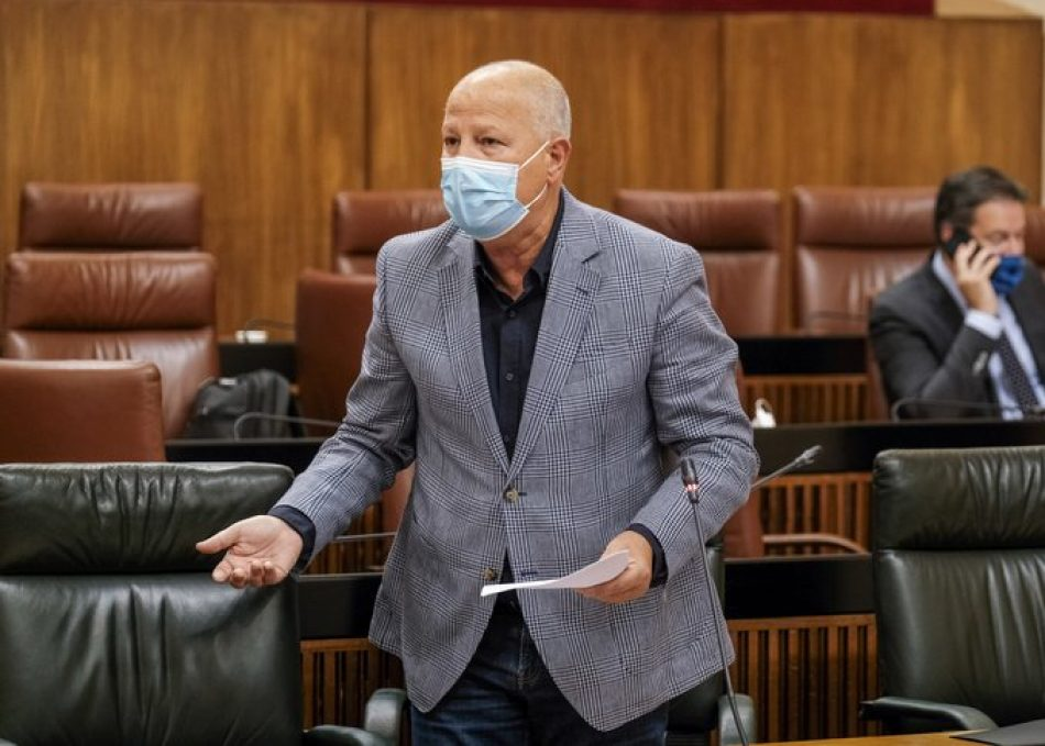 Unidas Podemos por Andalucía se opone al recorte de aulas públicas ordenado por el Gobierno andaluz