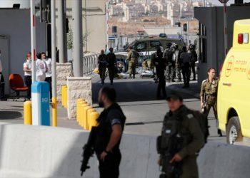 Fuerzas israelíes matan a tiros a una mujer palestina en Al-Quds