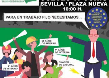 La Coordinadora Andaluza de Emplead@s Públic@s en abuso de la temporalidad (CAEPAT) se concentra en la Plaza Nueva (Sevilla) este jueves 17 de junio