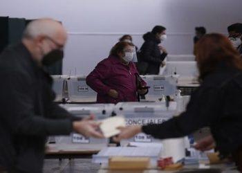 Chile celebra segunda vuelta para elección de gobernadores