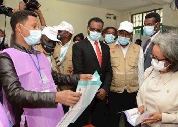 Etiopía realiza elecciones bajo tensión del conflicto en Tigray