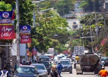Autoridades haitianas posponen referéndum constitucional