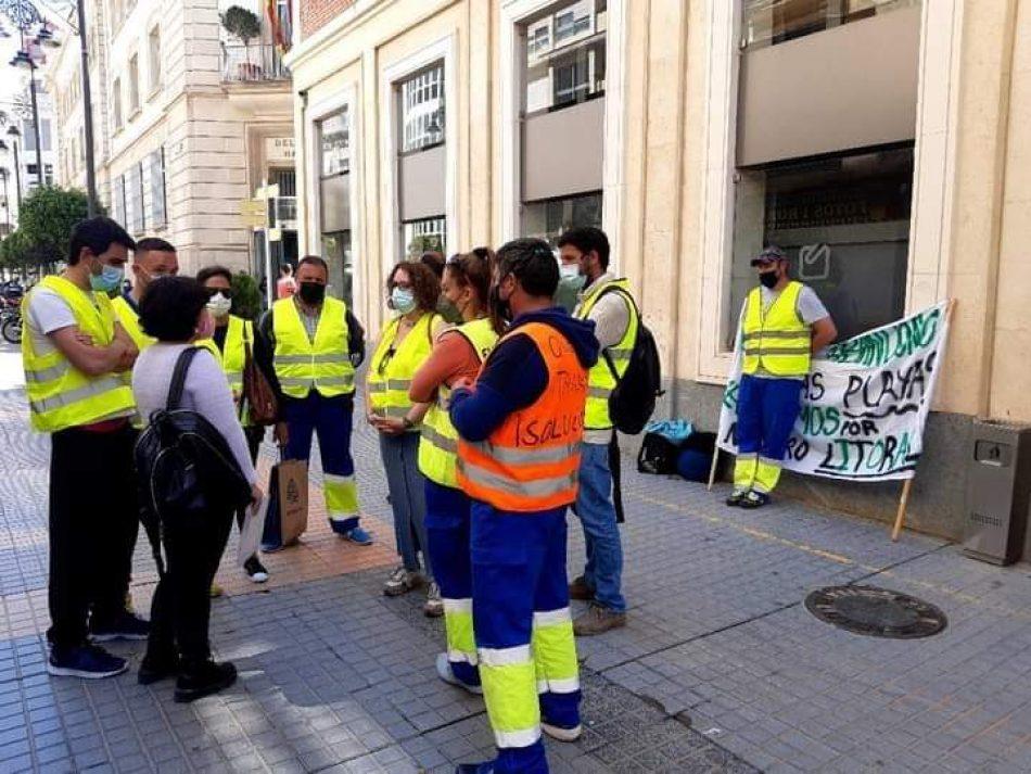 Denuncian la situación laboral trabajadores de limpieza del litoral de la Región de Murcia