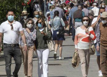 Pedro Sánchez anuncia que la mascarilla en el exterior dejará de ser obligatoria el 26 de junio
