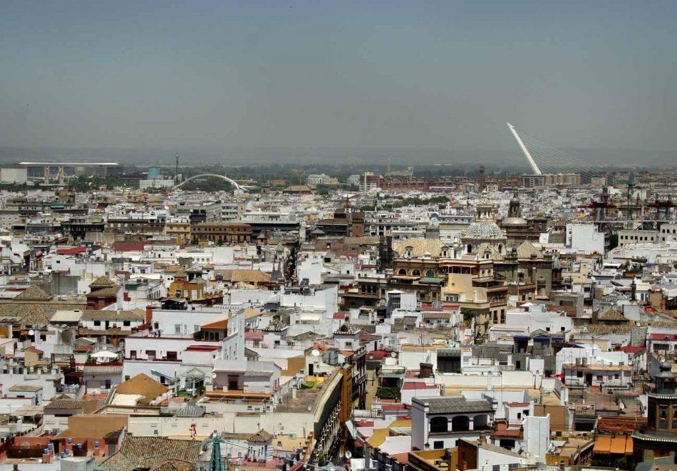 El Observatorio de Desigualdad de Andalucía alerta de que la pandemia ha agravado las brechas sociales