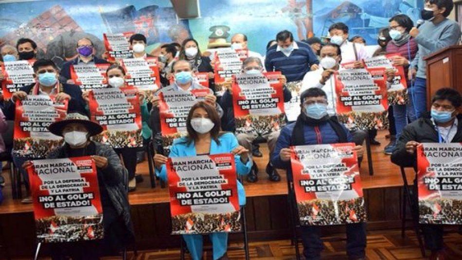 Convocan movilizaciones en Perú en respaldo de Pedro Castillo