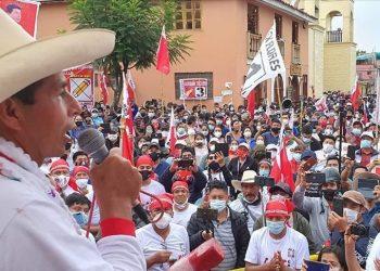 ¿Quién es Pedro Castillo, candidato a la Presidencia de Perú?