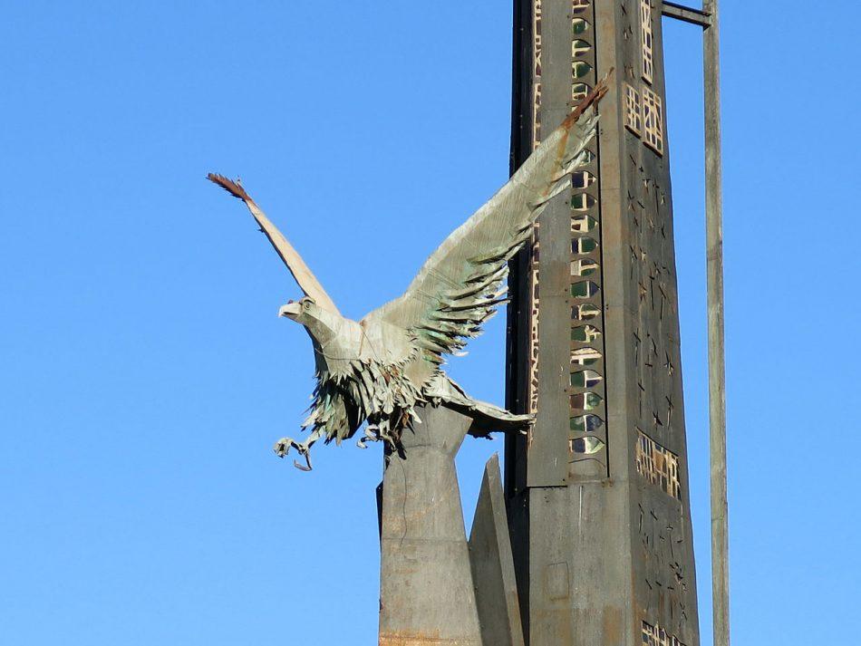 La CUP valora como «lamentable» la paralización de la retirad del monumento franquista de Tortosa