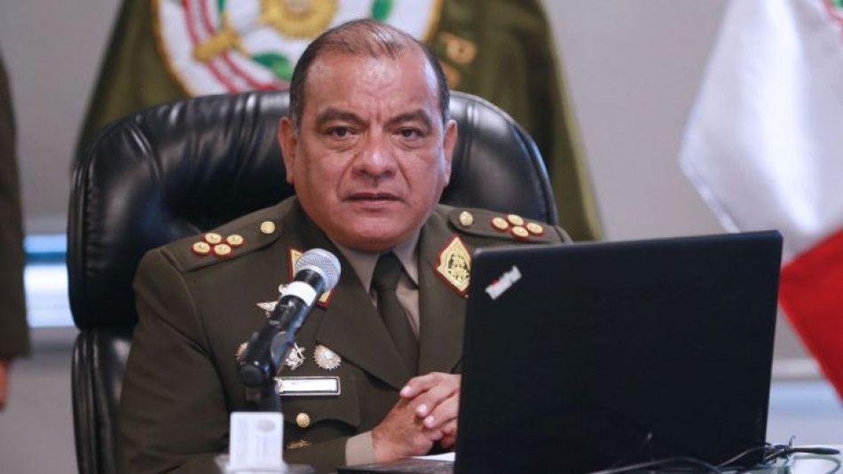 Anuncian la dimisión del jefe de comando de Fuerzas Armadas de Perú
