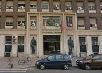 Un Juzgado de Murcia admite a trámite una demanda de Intersindical contra el cese de una Técnica de Gestión de la Dirección General de Juventud