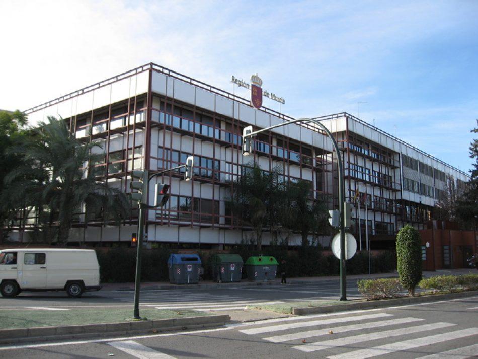 Intersindical y el resto de organizaciones sindicales denuncian el cese de personal en varios organismos de la administración regional de Murcia