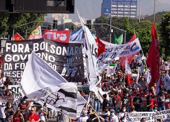 800 mil manifestantes exigieron en Brasil y en el exterior que se vaya Bolsonaro