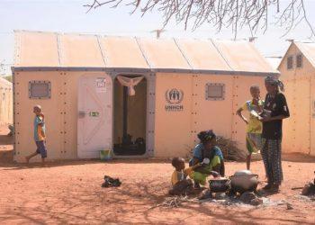 ACNUR advierte de una cifra récord de personas forzadas a huir de la violencia en Burkina Faso