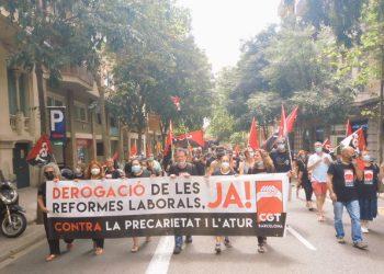 Se manifestaron en Barcelona para exigir la derogación de las reformas laborales de PSOE y PP