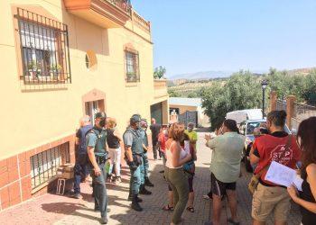CaixaBank desahucia a una familia en Dilar (Granada)