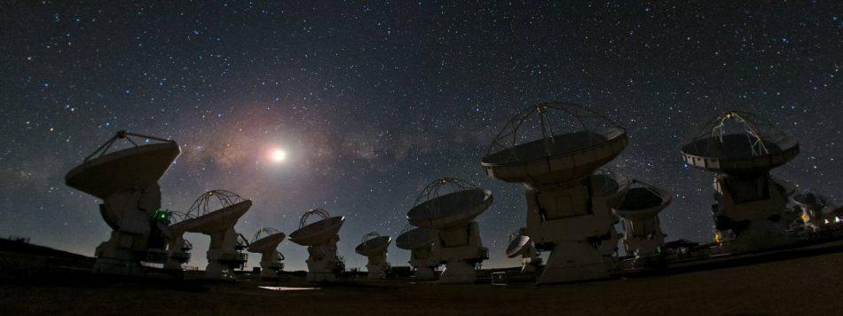 Descubierta una protoluna en formación en un exoplaneta a 370 años luz de distancia