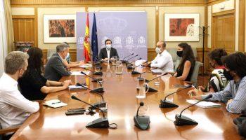 El Ministerio de Consumo avanza en la protección de las personas más vulnerables en sus relaciones con las empresas y el juego