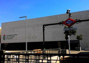 Un millón de euros por un servicio sustitutivo de autobuses de la línea 7B de Metro que ni siquiera hace parada en el centro de San Fernando (Madrid)