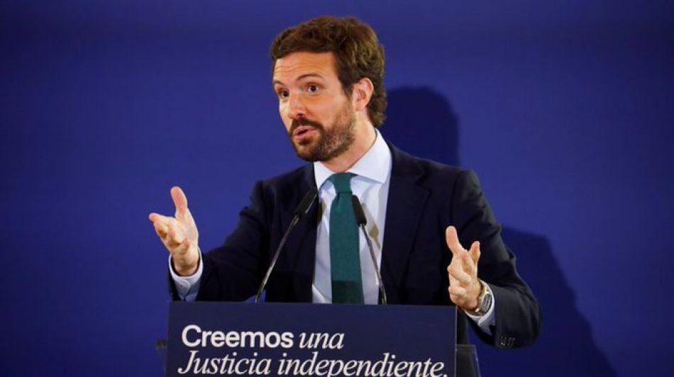 """Mena: """"El senyor Casado no en tenia prou amb inventar-se màsters, i ara també s'inventa llengües"""""""