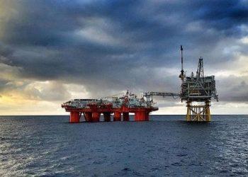 Argentina decide inhabilitar a petroleras que operan en Malvinas