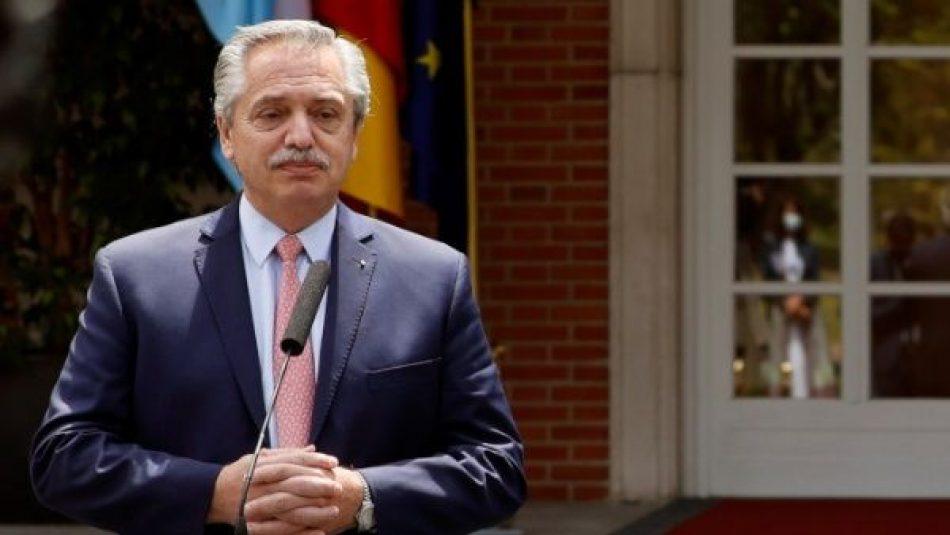 Pdte. de Argentina pide terminar los bloqueos contra Cuba y Venezuela