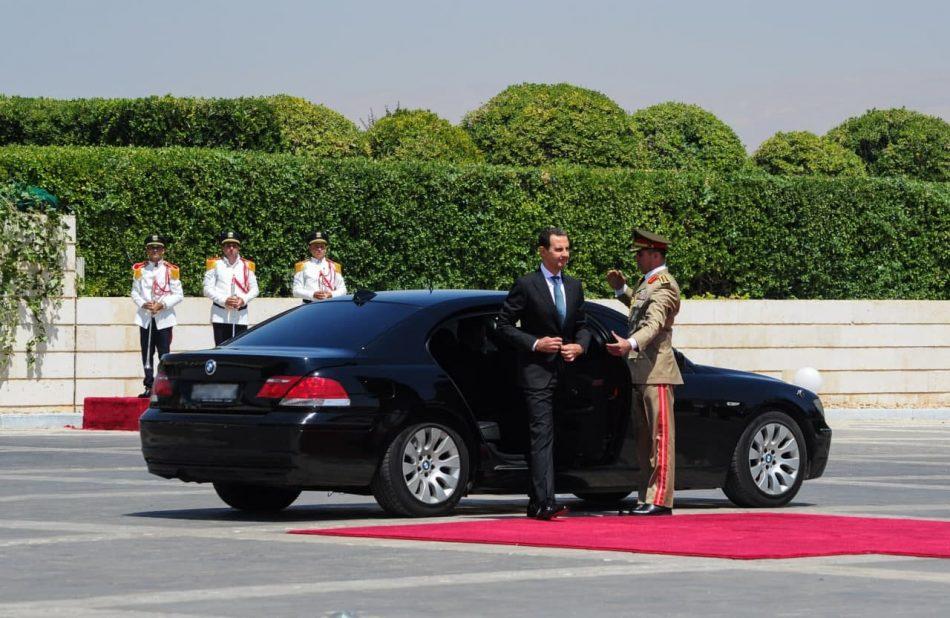 Al-Assad toma juramento para cuarto mandato como presidente sirio