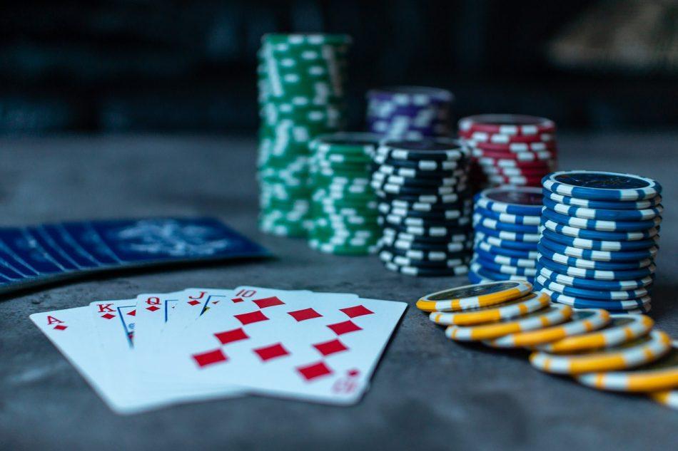 Cómo organizar la capacitación para ayudar a vencer la adicción al juego