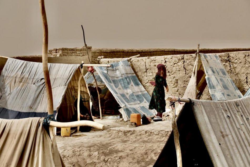ACNUR alerta de una crisis humanitaria inminente en Afganistán
