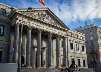 PACMA presenta al Gobierno y al Congreso de los Diputados sus propuestas para la modificación del Código Penal en materia de maltrato animal