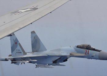 Cazas rusos interceptan avión militar de EEUU en costas de Siria