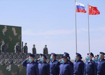 Ante mirada inquieta de EEUU, Rusia y China blindan alianza militar