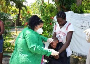 Cuba despliega una brigada médica para prestar atención a las víctimas del terremoto en Haití