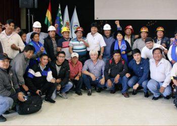 Evo Morales y sectores sociales activan el Estado mayor del pueblo para proteger gobierno de Arce